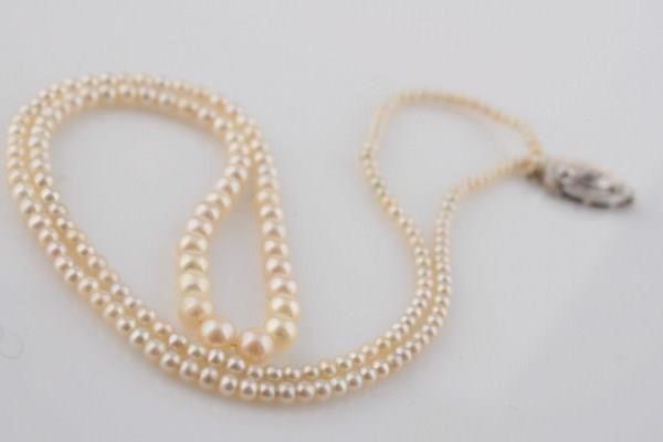 Jewelry, Furniture & Decorative Arts Auction