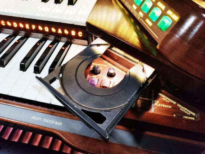 Prestige A5000 Organ 9