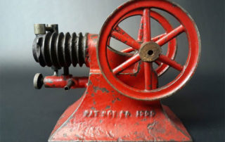 Paradox Gas Engine Co. Cast Iron Gas Engine