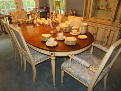 Grosse Pointe Shores estate sale presented by Stefek's Estate Liquidation Management.